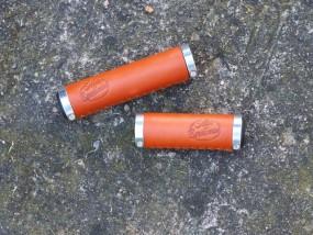 Sellax B1 Ledergriffe 130 - 95 mm lang honigbraun, Paar