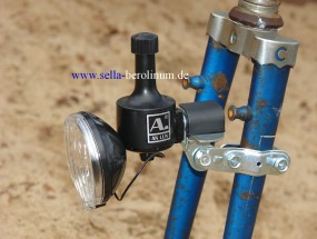 Taschenlampe/ Dynamo Kombination schwarz 6V - 3W