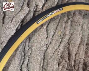 1 Paar CST Road Reifen 700 C - 28 Schwarz / Gumwall