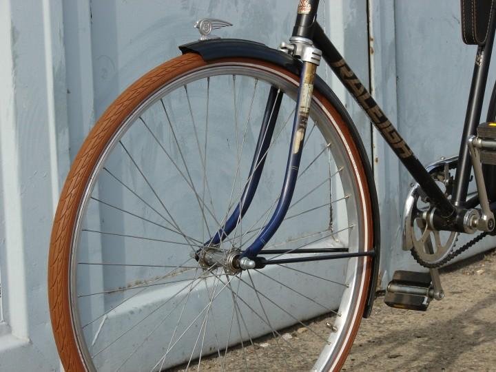 schwalbe braun ersatzteile zu dem fahrrad. Black Bedroom Furniture Sets. Home Design Ideas